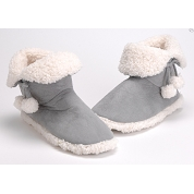 CHAUSSONS POMPONS 37-38 GRIS CLAIR